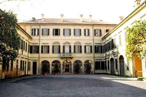 casa di berlusconi arcore la veja la storia della villa san martino di arcore