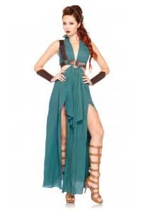 Womens Halloween Costume Ideas Warrior Maiden Costume