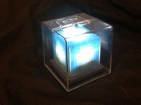 How To Make A Beacon Light Up by Led Minecraft Beacon