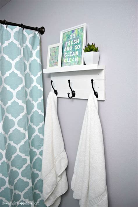 Bathroom Decor Ideas For Small Bathrooms 25 best ideas about small bathroom makeovers on pinterest
