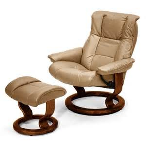 Ekornes Stressless Recliner Stressless By Ekornes Stressless Recliners Mayfair Recliner Ottoman Sand Walnut