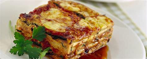cose sfiziose da cucinare parmigiana di melanzane e zucchine alla griglia sale pepe