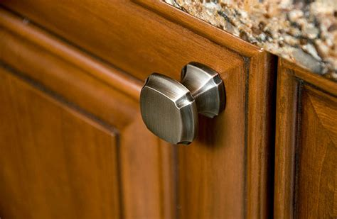 Traditional Kitchen Cabinet Handles | traditional decorative cabinet hardware by schaub