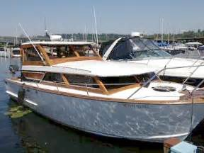1966 owens classic gorgeous 28 foot cabin cruiser