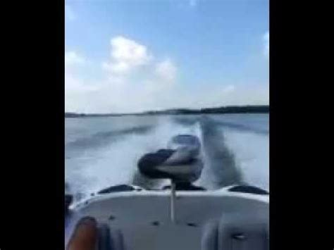 stratos boats you tube stratos 19ss extreme bass boat youtube