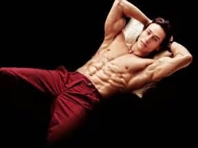 Movies 187 hollywood movies 187 baaghi tiger shroff body hd wallpaper