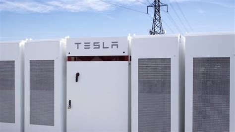 elon musk big battery construction of the world s biggest li ion battery completed