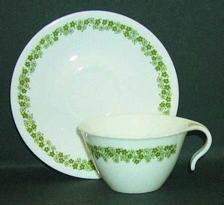 old pattern corelle dishes discontinued china patterns pattern crazy daisy