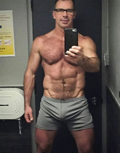 pictures of senior male publichair muscle selfies bearmuscleworship stretchy shorts