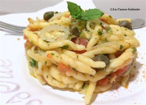 pasta fresca al autntico 8494193422 pasta fresca con pomodori cipollotti e capperi