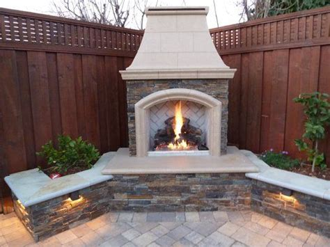 small backyard fireplace best 25 backyard fireplace ideas on pinterest outdoor
