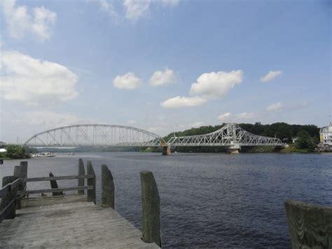 east haddam swing bridge east haddam seeks limits on swing bridge openings the