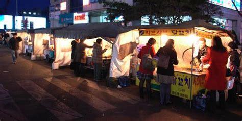 Tenda Warung Makan Kok Orang Korea Suka Makan Di Bawah Tenda Merdeka
