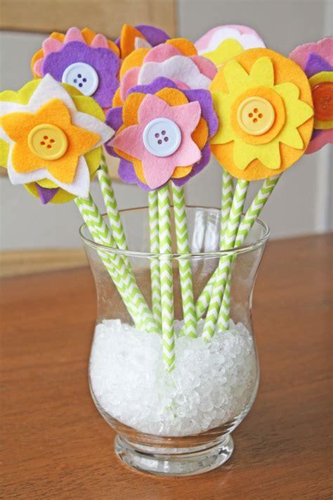 Blumen Zum Basteln by Blumen Basteln Mit Kindern Aus Papier Filz Und Plastik