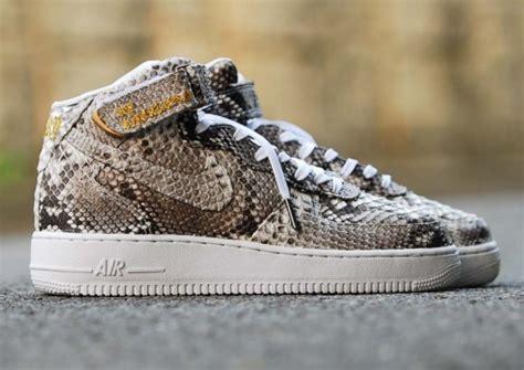 Nike Air 1 Mid Weiß 1033 by Adidas Yeezy Boost 350 Quot Jasper Quot Custom Le Site De La Sneaker