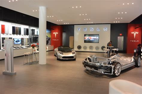 Tesla Showroom Tesla Store In Amsterdam In The Netherlands Tesla Store