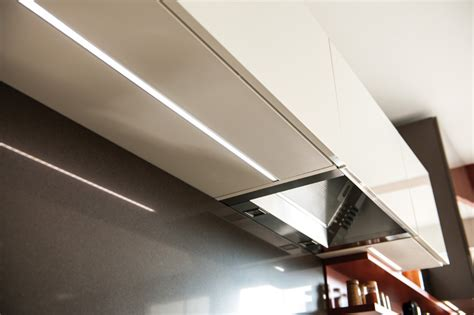 beleuchtung oberschrank leiste f 252 r arbeitsplatte ttci info