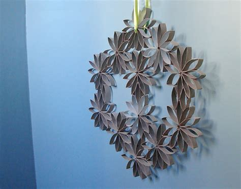 How To Make A Wreath With Paper - how to toilet paper roll wreath make