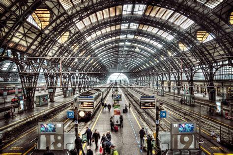 treno bergamo porta garibaldi stazione centrale treni bloccati per un guasto