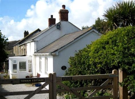 Cottages For Let In Cornwall by Accommodation In Perranuthnoe Cornwall