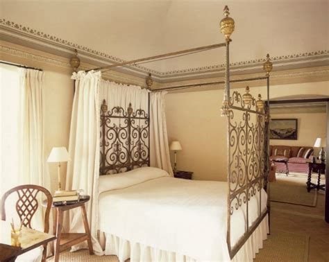 Wrought Iron Canopy Bed 17 Best Images About Wrought Iron Canopy Beds On Wrought Iron Bedroom Furniture And