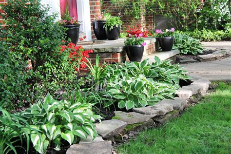 Easy Gardening Ideas Easy Landscaping Easy Maintenance Landscaping Houselogic Yard Tips