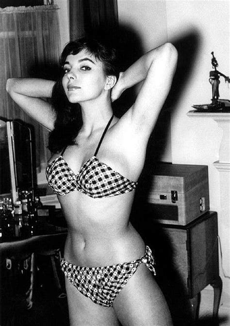 joan collins younger man 57 best beautiful british actresses images on pinterest