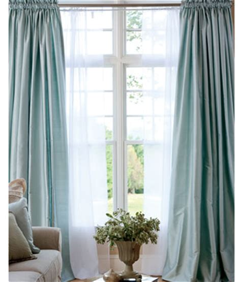 fancy bedroom curtains modern furniture luxury bedroom curtains design ideas 2012 pictures