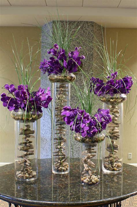 tischdecken modern 346 cool modern arrangement with purple orchids flowers
