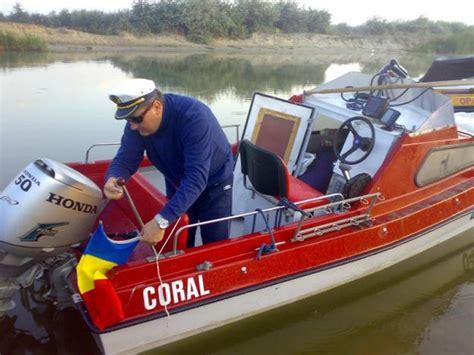 cabina barca barca motor peridoc pret preturi barca motor peridoc