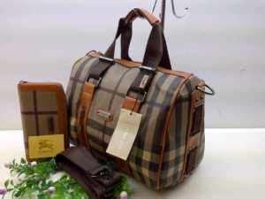 Tas Burberry Dan Harga momola butik tas burberry dan lv dengan harga terjangkau fashion circle