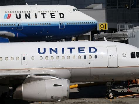 united carry on fee dec 4 united airlines will charge extra fee for use of