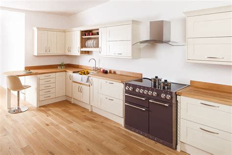 uk kitchen cabinets 28 uk solid wood kitchen cabinets solid wood