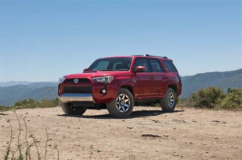 toyota 4runner 2017 toyota 4runner reviews and rating motor trend