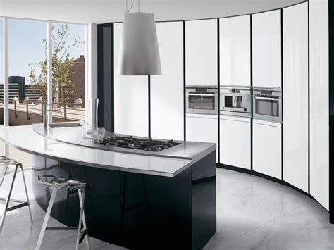 black and white kitchen with curved island elektravetro