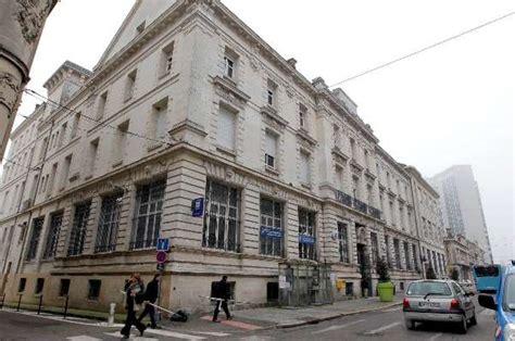 bureau de poste agen agen les agents de la poste en col 232 re sudouest fr