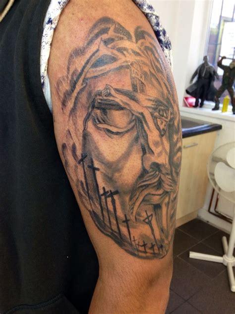 jesus tattoo illusion jesus tattoo illusion tattoo tattoos by wade stephens