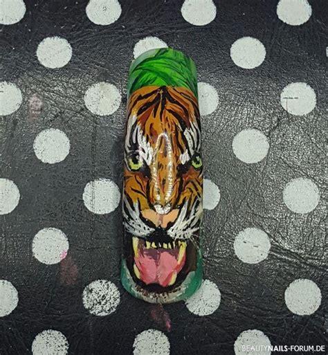 Nagel Malerei by Malerei Mit Acrylfarben Auf Krallentip Tiger Nageldesign