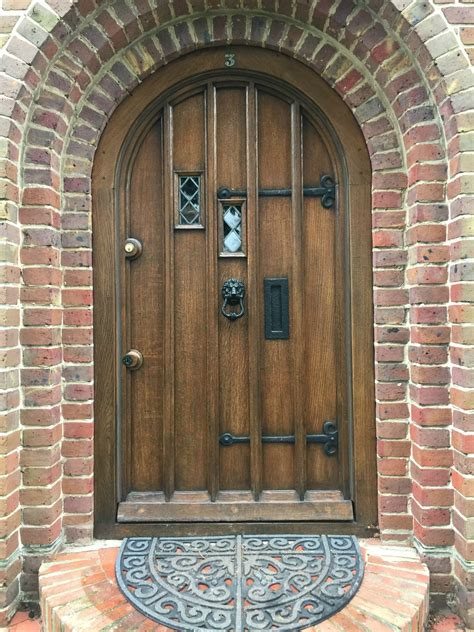 Tudor Front Door Polishing And Antique Restoration Services In Berkshire And Hshire New Reclaimed