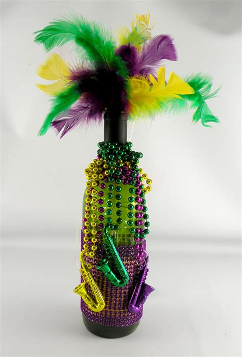 How To Make Mardi Gras Decorations by Mardi Gras Decorations