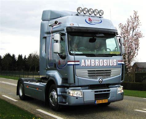 renault trucks premium truck photos 2012 renault premium