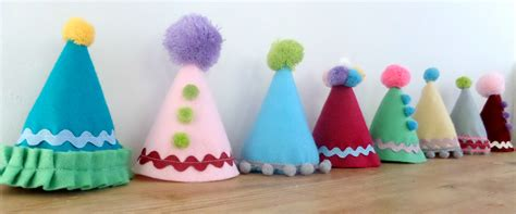 How To Make A Birthday Hat Out Of Paper - diy felt hat tutorial and birthday bunting