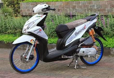 Modif Mio Hijau Pelek 19 by Modifikasi Honda Beat Merah Putih Velg 17 Buat Kamu