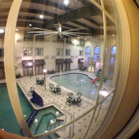 comfort suites milwaukee looking down on the pool spa from the 2nd floor
