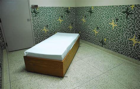 holy cross emergency room holy cross hospital s mental health unit aims for alternative to ers jails orlando sentinel