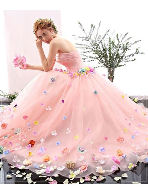 Wedding Dress Flower by 1000 Ideas About Dresses On Funky