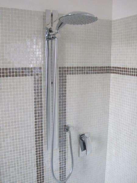 doccia a pavimento mosaico foto di bagni a mosaico 11 42 tempo libero