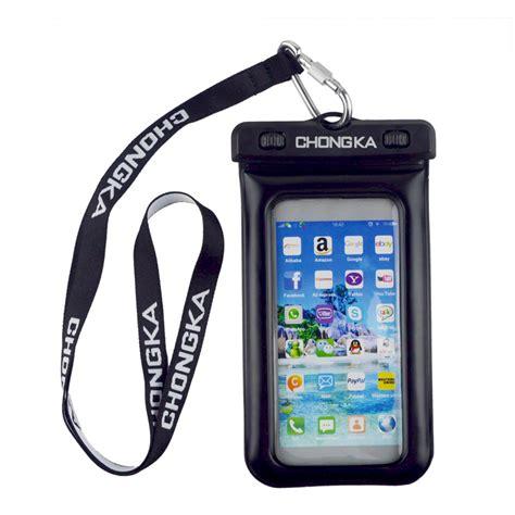 Pelindung Smartphone gadget dan aksesoris yang harus kamu bawa saat mudik