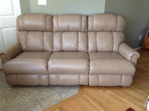 used lazy boy couch lazy boy leather couch courtenay cbell river mobile