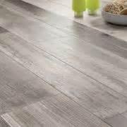 tipi di piastrelle per interni tipologie di pavimentazioni per interni pavimentazioni